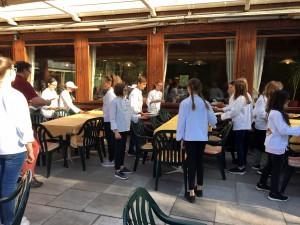 Praktische Übungen für das Abschlussfest der Miniköche